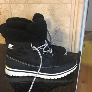 Sorel Carnival boot